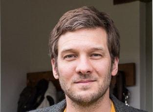 Charlie luxton speaker on sustainable design architecture - Charlie luxton ...